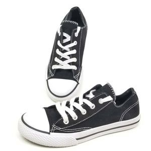 Airwalk Boys 3.5 Legacee Black White Sneakers